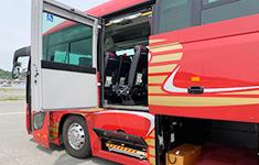 リフト付きバス3